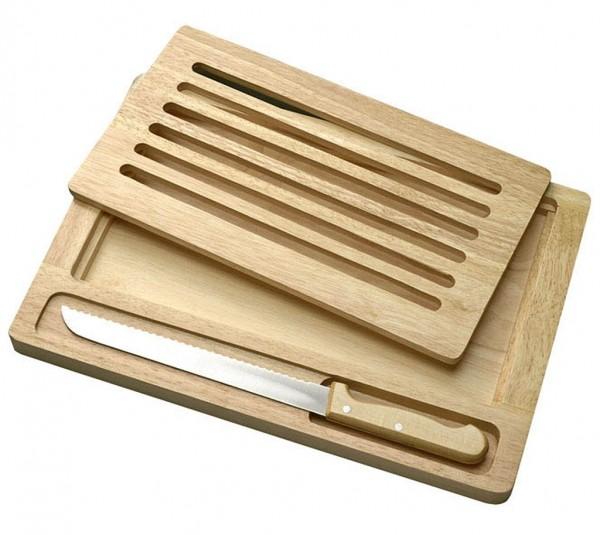 Brotbrett mit Brotmesser